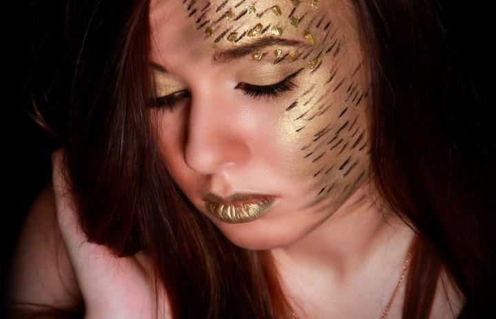 Make-up artist Inna Mokrova