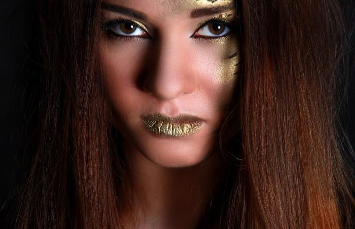 """Art-visage """"Golden Girl"""""""
