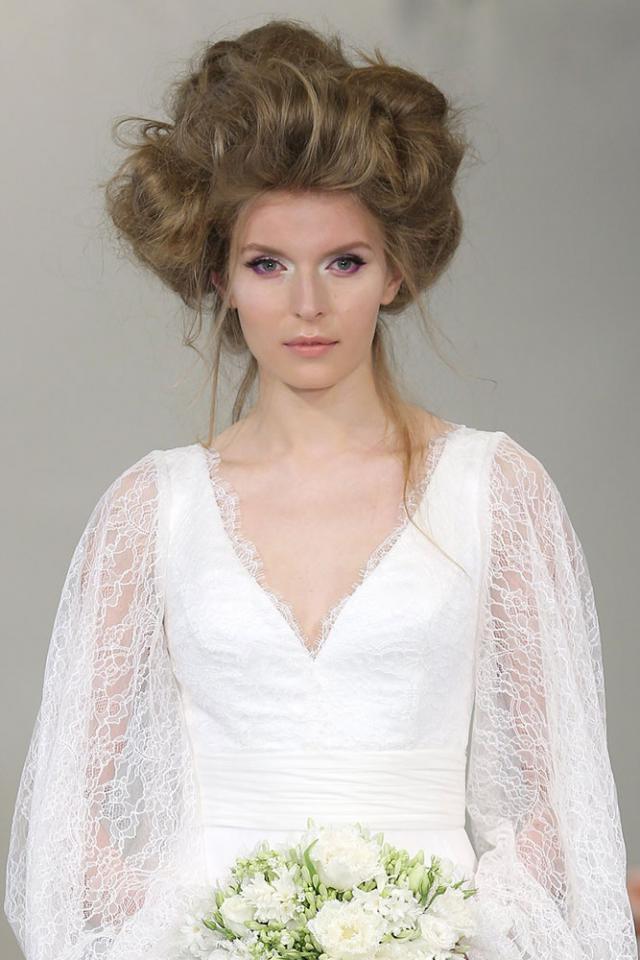 Невеста с подиума Theia